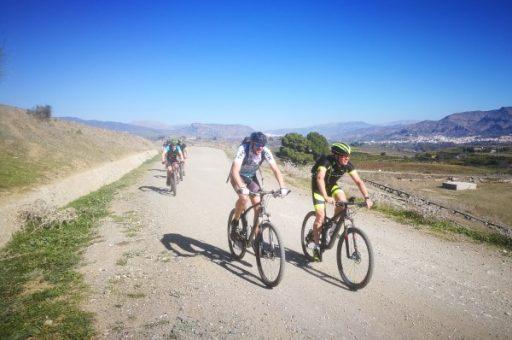 singletracks en mooie ruime paden in spanje op de mountainbike Bikekick